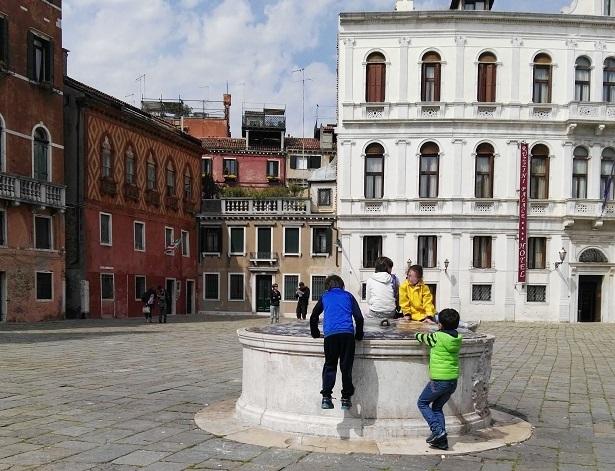 Bambini a Venezia
